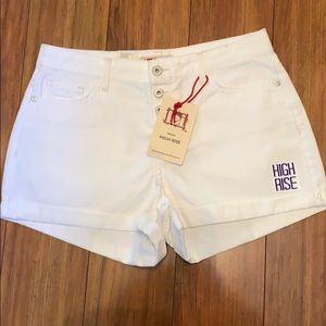 Lei high Rise White Shorts NWT Size 9